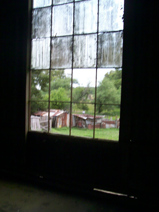 vista desde una de las viejas ventanas de la giratoria