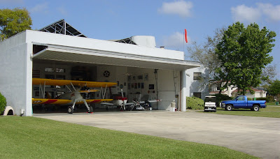 Private home hangar at the Spruce Creek Fly-in