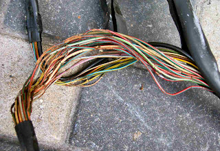 Defective Mercedes Wire Harness, Photo 3