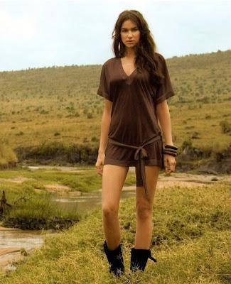 Irina Sheik en el campo