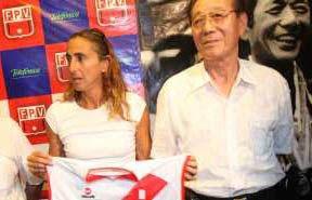 Ex voleibolista Natalia Málaga