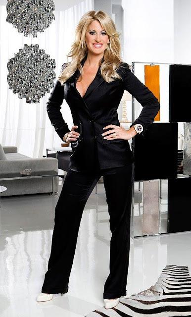 Kim Zolciak con bello conjunto negro