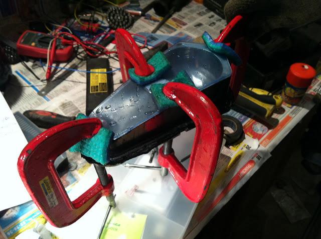 готовим задние фонари квадроцикла под светодиоды