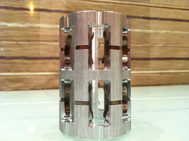 алюминиевый сепаратор переднего редуктора polaris