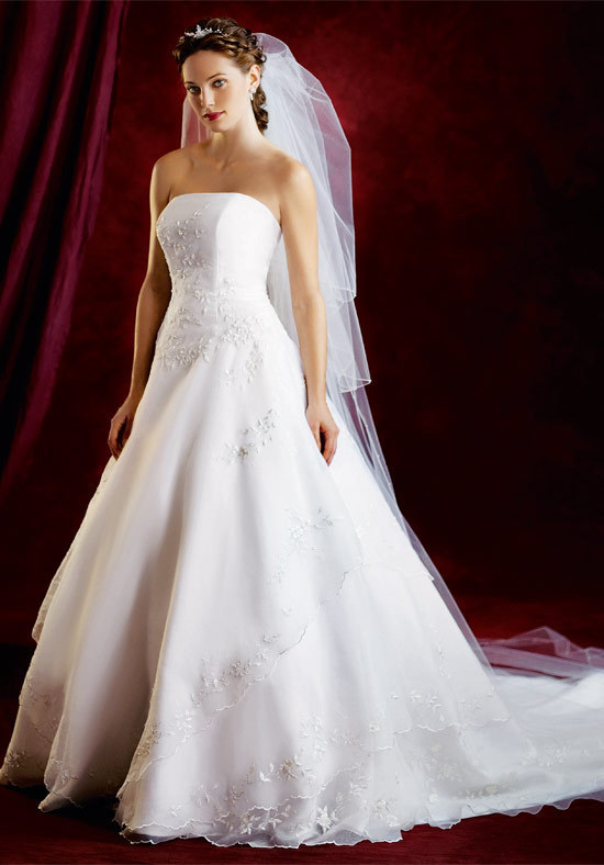 Pictures Of Wedding Dresses With Color. Wedding-Dresses-With-Color