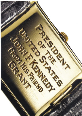 Dos de la montre Omega offerte à Kennedy par son ami Grant Stockdale