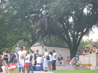 is rogert bart gay. The Alan Ross Gay/Lesbian Pride Parade, Dallas Texas, ...