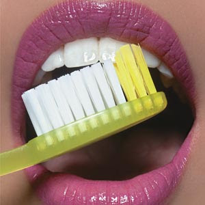 Blog de draaline : Dentista - Drª Aline Barackat, Você escova os dentes logo após comer?