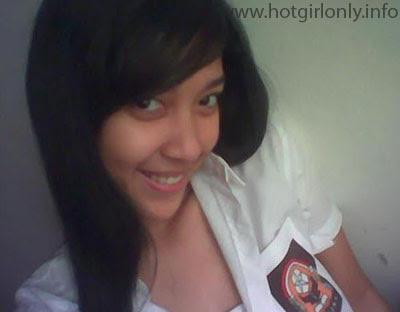 cewek seksi indonesia foto smu bugil dan telanjang