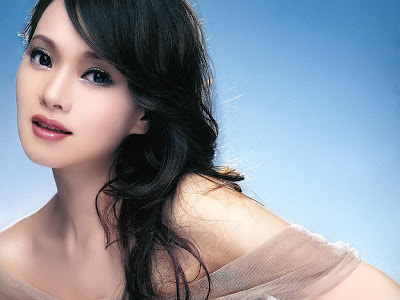Asian Celebrity Wallpaper: Annie Yi Wallpaper