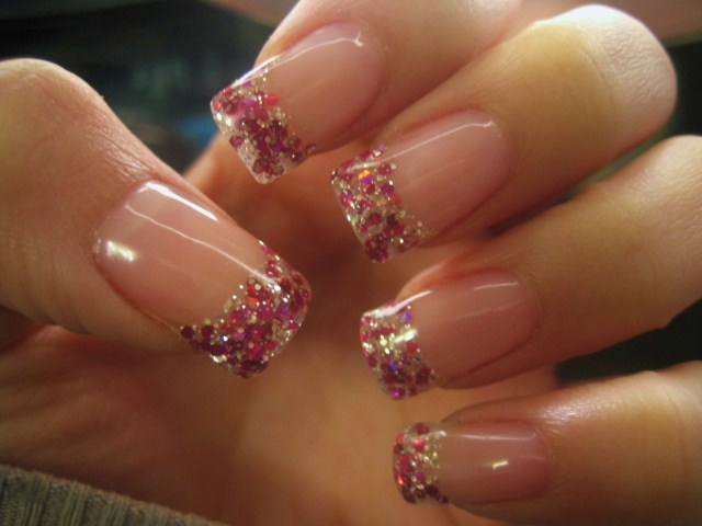 beautyRUSHx3: GLITTER NAILS!!! & get your nails done for CHEAP for the ...