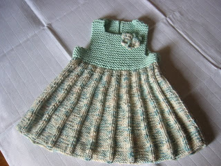 Ye�il bebek elbisesi