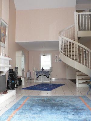 maison gif sur yvette sejour cathedrale 45 m hauteur 5 m. Black Bedroom Furniture Sets. Home Design Ideas