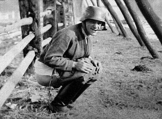 [Image: german-soldiers-ww09.jpg]