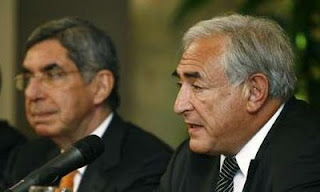 International Monetary Fund (IMF) Managing Director Dominique Strauss-Kahn talks to the media next to Costa Rica's President Oscar Arias at Presidential house in San Jose December 11, 2008.(Photo: Reuters/Juan Carlos Ulate)