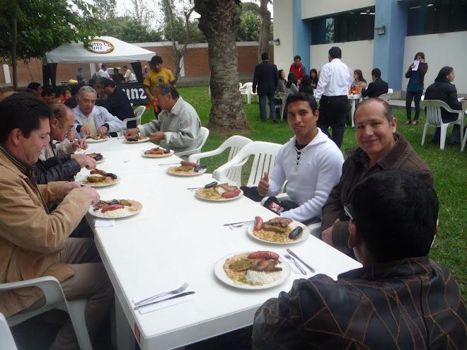 Almuerzo de confraternidad organizado por el Comite Olímpico