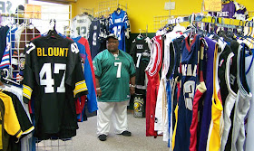 Racine Post: Sports jersey store in Racine offers discount to ...