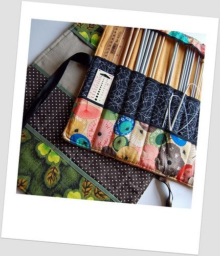 Knitting Needle Roll Pattern : madebyloulabelle: How to: make a knitting needle roll