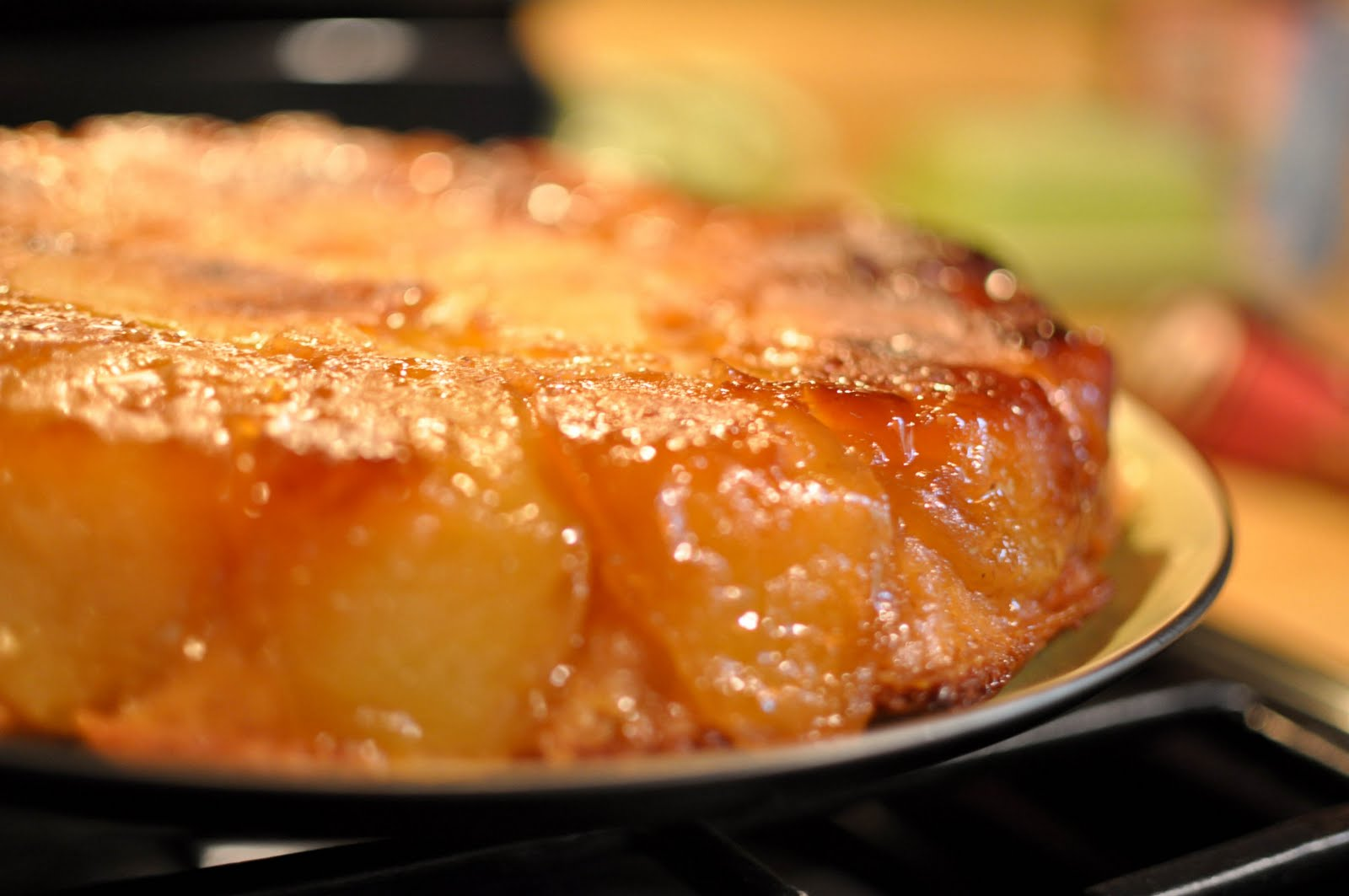 Apple Cake in an Iron Skillet ( from the pioneer woman )