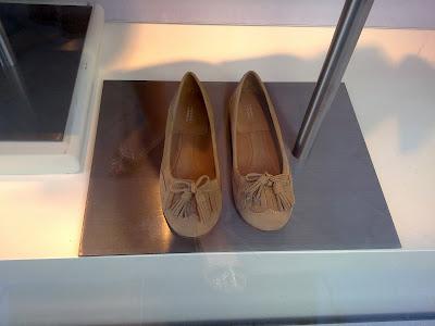 Bailarina mocas n comptoir des cotonniers rebuscando en el armario - Instagram comptoir des cotonniers ...