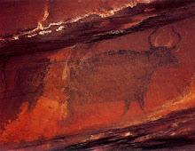 toro negro pintado sobre toro blanco