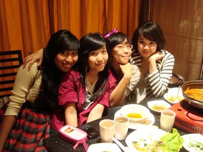 My bestest girls Fanny Nana Cely and Karina girls fanny girls fanny