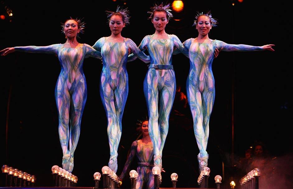naked cirque du soleil girls