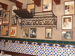 Barcelona sights - Los Caracoles Interior