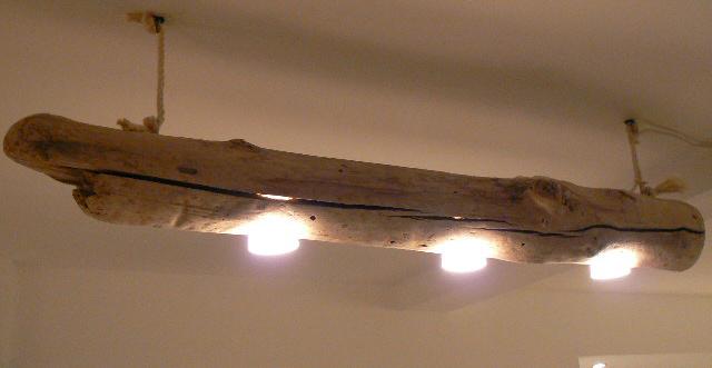 Doudoustyle cr ations luminaire en bois flott for Creation avec bois flotte