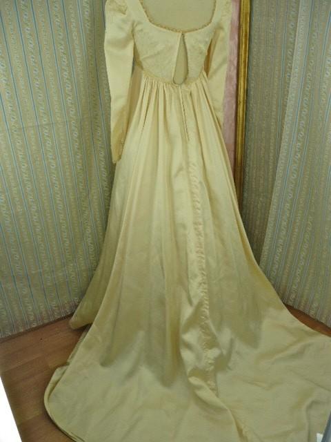 Becoming Jane Fansite Austen wedding dress