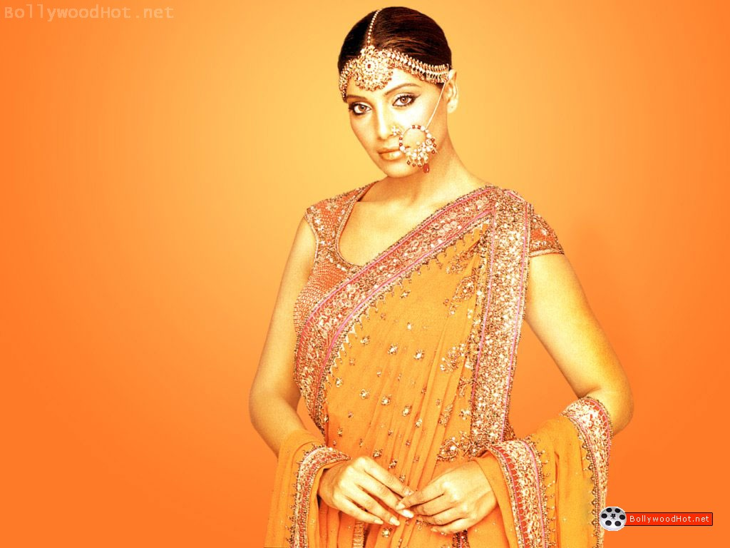 [bipasha-basu-bollywood-hot-actress-sexy-girl6.jpg]