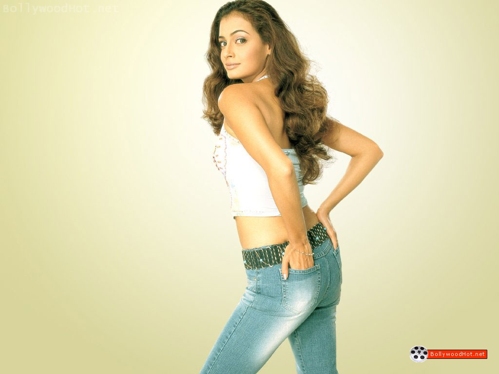 [sexy-hot-girl-diya-mirza-bollywood-hot-actress6.jpg]