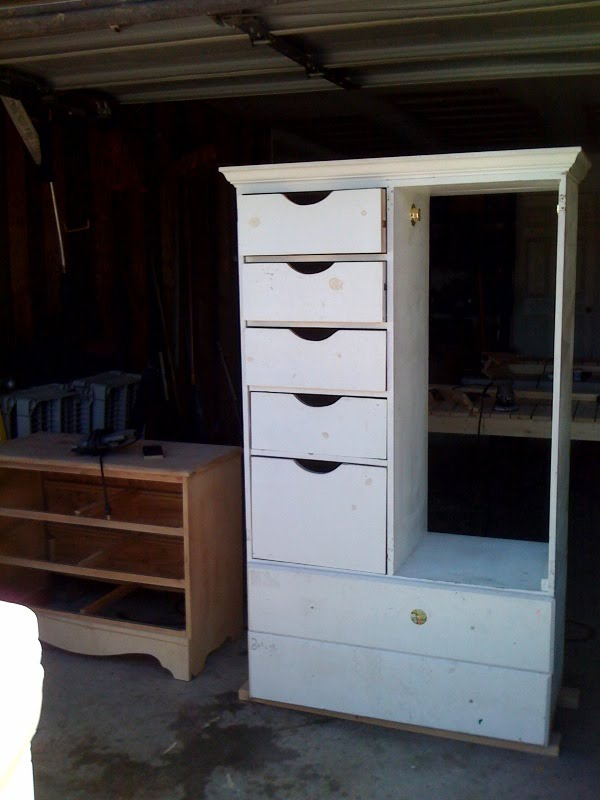 5reasons2save a work in progress girls armoire. Black Bedroom Furniture Sets. Home Design Ideas