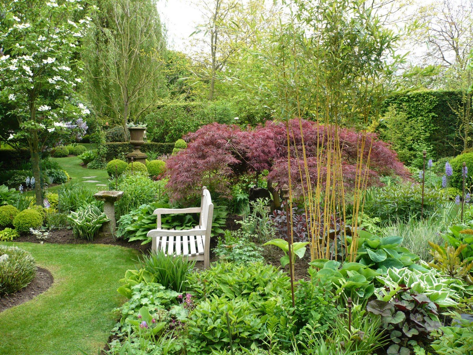 Balades dans de beaux jardins jardin de vic et anne for Plantes pour jardin anglais