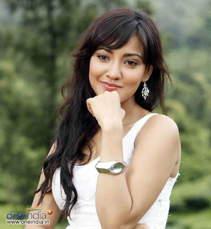Actress Gallery Neha Sharma