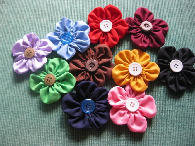 Handmadefabricflowerbrooch - Handmade Flowers