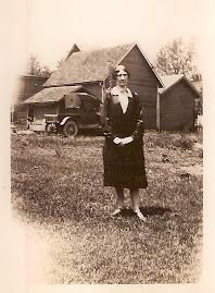 Della Russell Bowser