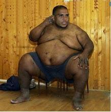 Ronaldo se hace luchador de sumo??