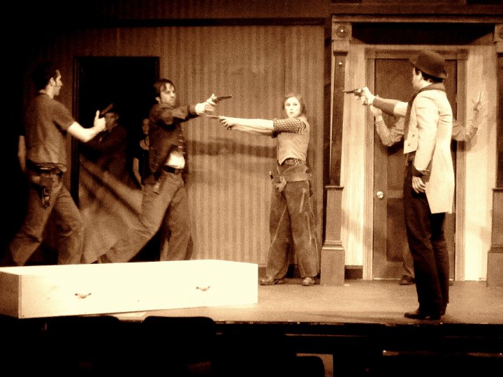 compare and contrast mercutio and tybalt essay