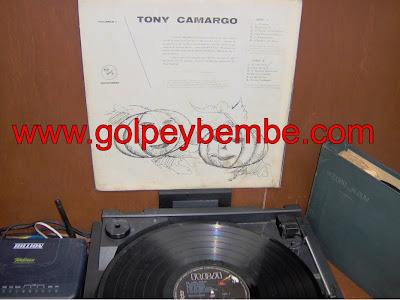 Tony Camargo - El Año Viejo Back