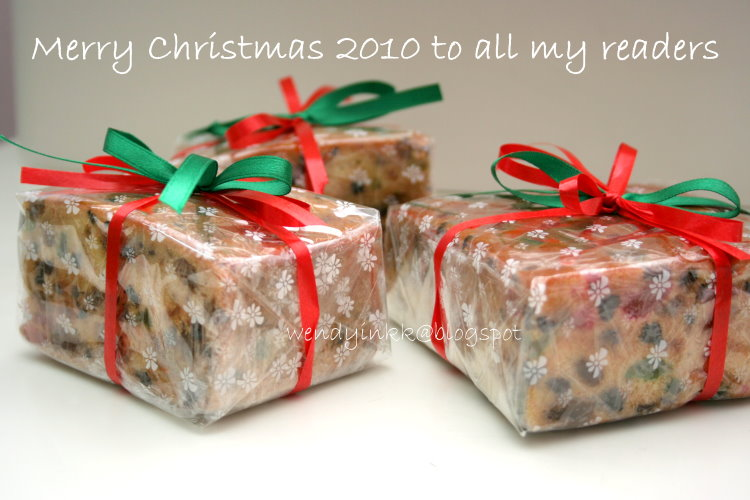 Wrap Christmas Cake In Oven