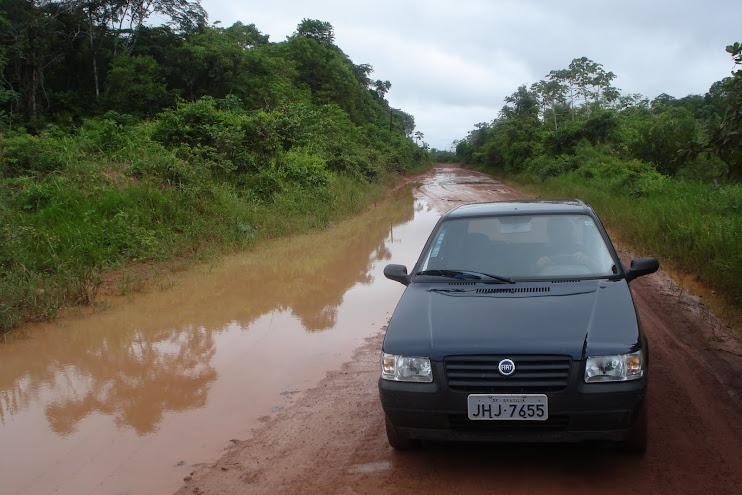 No inverno, andar pelas estradas do Amapá é quase impossível...