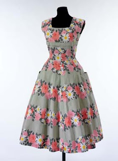 Free Dress Patterns on From The Sewing Studio  Free Pattern For A 1950 S Dress  From The V A