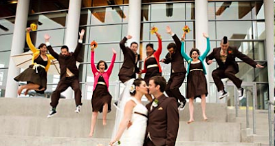 The Growing Trend of Non-Matchy Bridesmaid Dresses And Bouquets