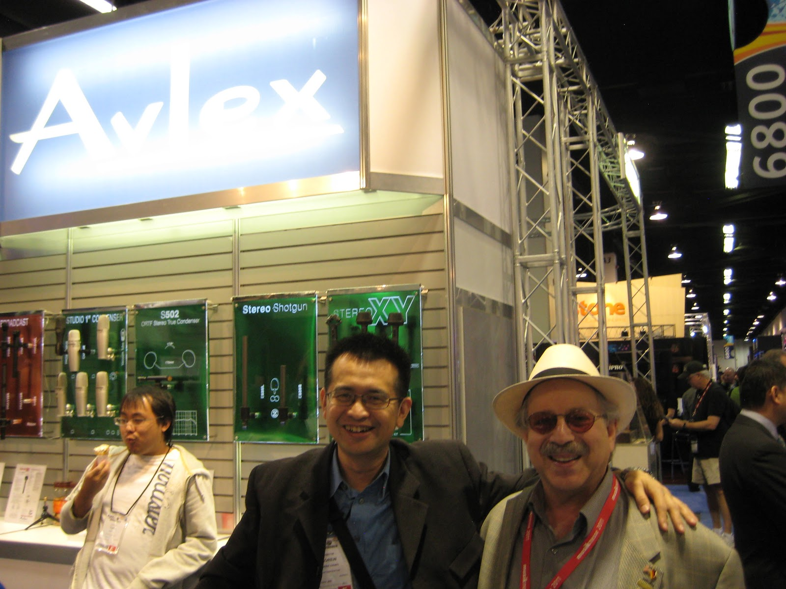 Andrew chung superlux taipei taiwan and jon hammond at avlex