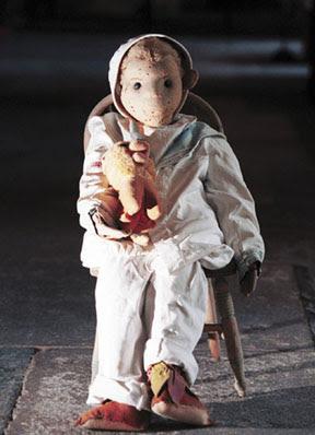 Robert, el muñeco maldito Robert+the+doll
