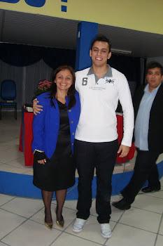 Michel Alvarenga, Missionária Maria e Diácono Léo ao fundo