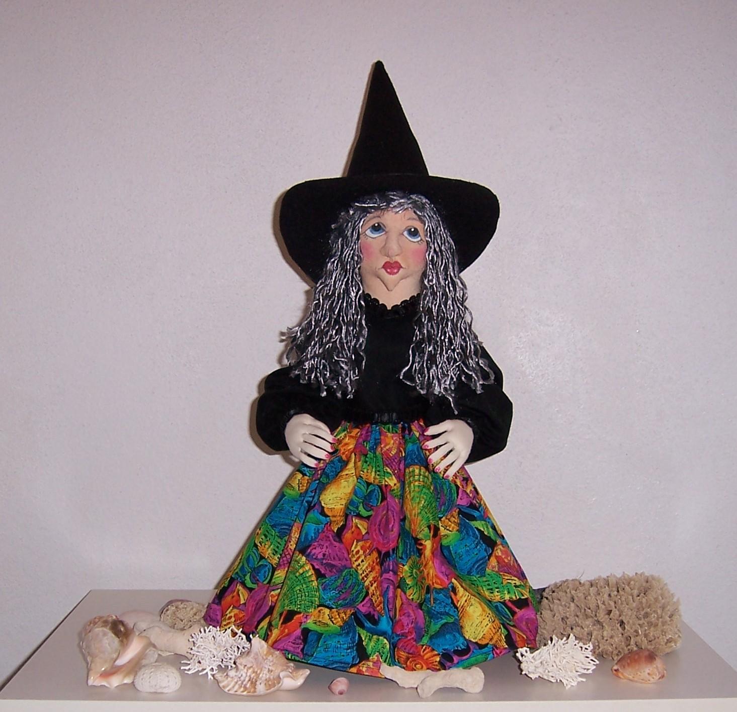 http://1.bp.blogspot.com/_SRtGtOD4534/SxACeN4eyRI/AAAAAAAAAD4/1Yy_rL1Walw/s1600/Halloween%2BWitch.JPG