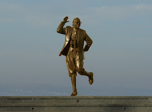 The Eric Morecambe Statue