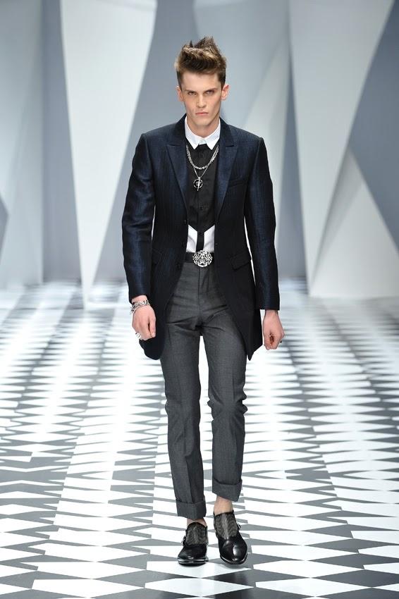 Menswear SS2011 Versace